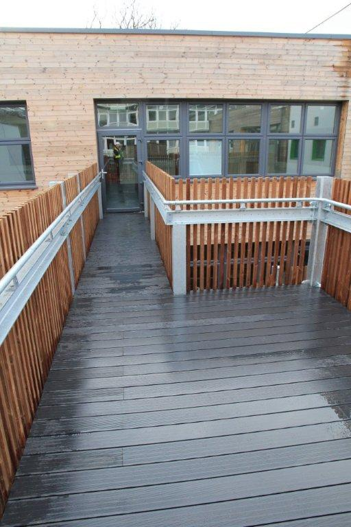 20 Timber Decking Designs That Can Append Beauty Of Your: Luna Comp Timber Composite Decking At George Elliot School