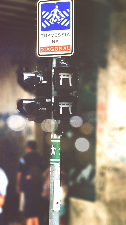 O semáforo japonês não passou despercebido por mim no bairro Liberdade - SP
