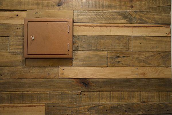 25 ideas destacadas sobre revestimientos en muros de for Revestimiento interior madera