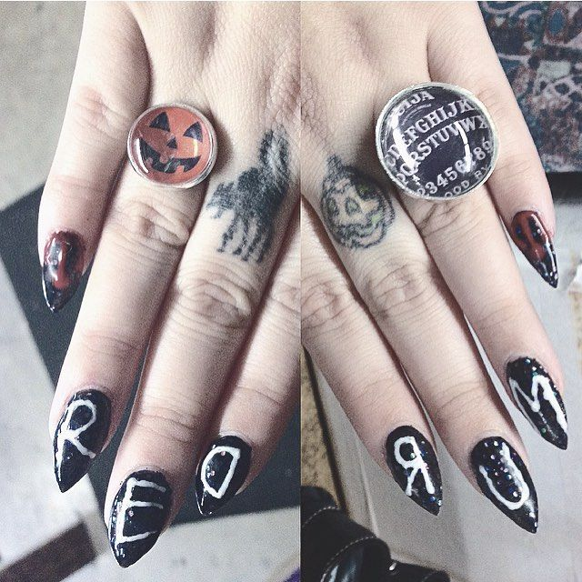 "Creepy Cool Nail Art Inspiration - ""The Shinning"" inspired   ✨ #NailArt #Claws…"