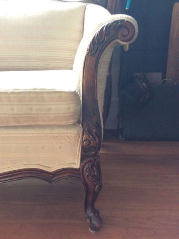 Victorian style couch | couches, futons | City of Toronto | Kijiji