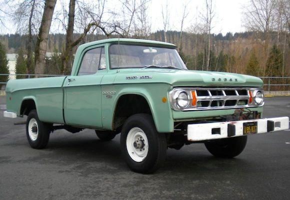 Original Paint 1968 Dodge Power Wagon D200 4×4
