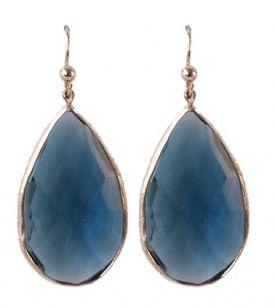 http://www.wenn-sieraden.nl/druppeloorbellen-blauw Deze prachtige oorbellen staan nu online! Shop ze snel op www.wenn-sieraden.nl #oorbellen #druppeloorbellen #earrings #sieraden #sieradenparty #boho #blue #jewelry #fashion #fashionfinds #musthaves #mode #shop