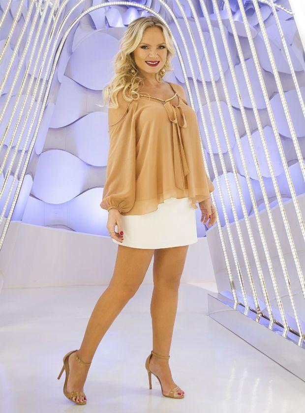 56f54f02a1 Eliana aposta em look leve e democrático que veste bem em qualquer estação