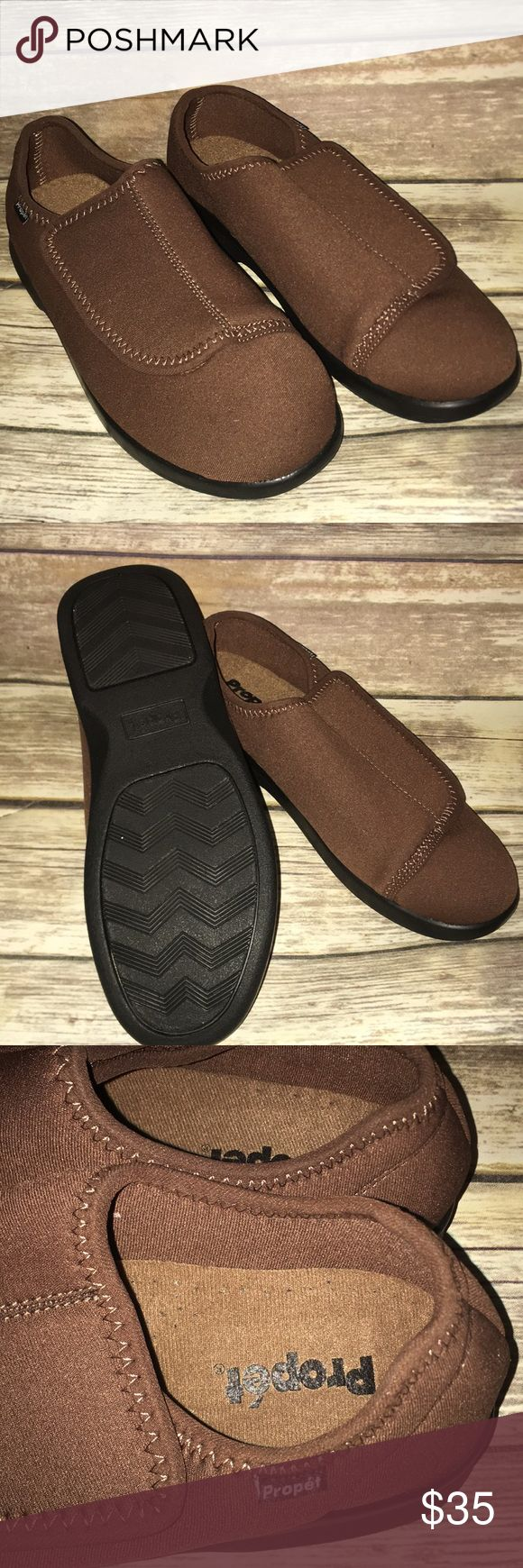 Propet Diabetic comfort shoes - NEW 10 NEVER WORN Velcro for easy on and off Post op approved Diabetic care comfort shoes  Non smoking home Size 10 Propet Shoes Loafers & Slip-Ons
