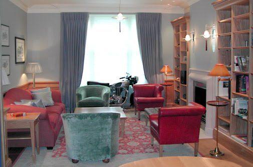 25 best ideas about room layout planner on pinterest - Feng shui living room arrangement ...