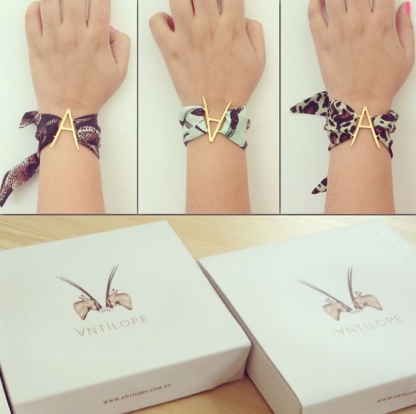 bracelet box, silk bracelet
