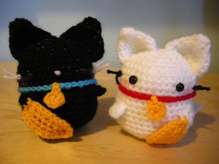 Maneki Neko Amigurumi Patron : 17 Best images about Crochet Cats on Pinterest