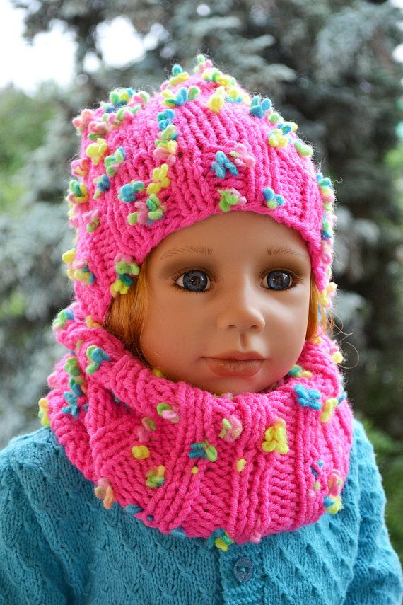 Childrens knitted Hat & Scarf loop scarf Set by DosiakStyle