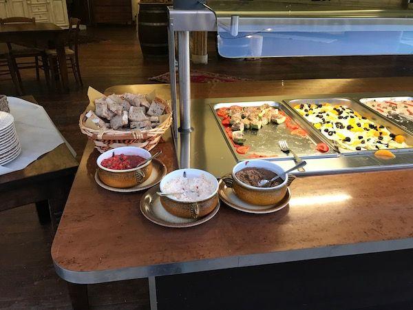 I crostini buoni! buffet alla Cava di Roselle