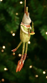 Love Patience Brewster cat ornaments!