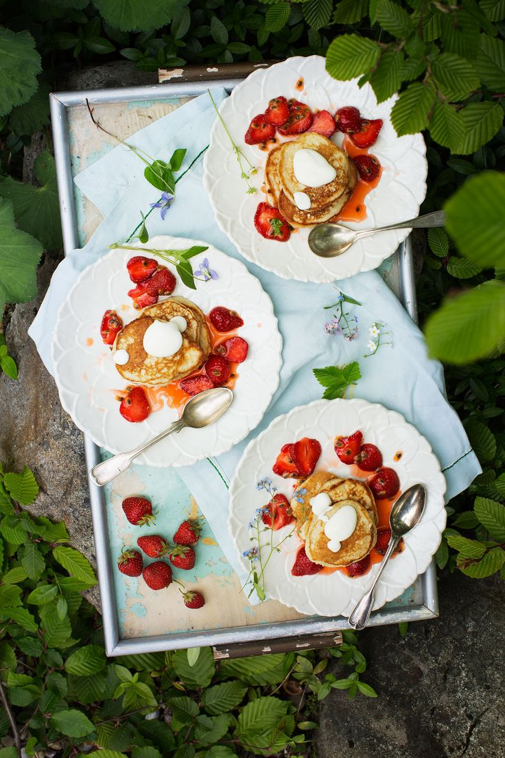 Lemon-Ricotta Pancakes -Ulrika Ekblom and Liselotte Forslin