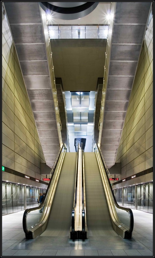 The Metro, Copenhagen https://www.facebook.com/pages/Tante-Brocante-en-De-Dames-Van-Dale/110046885761851