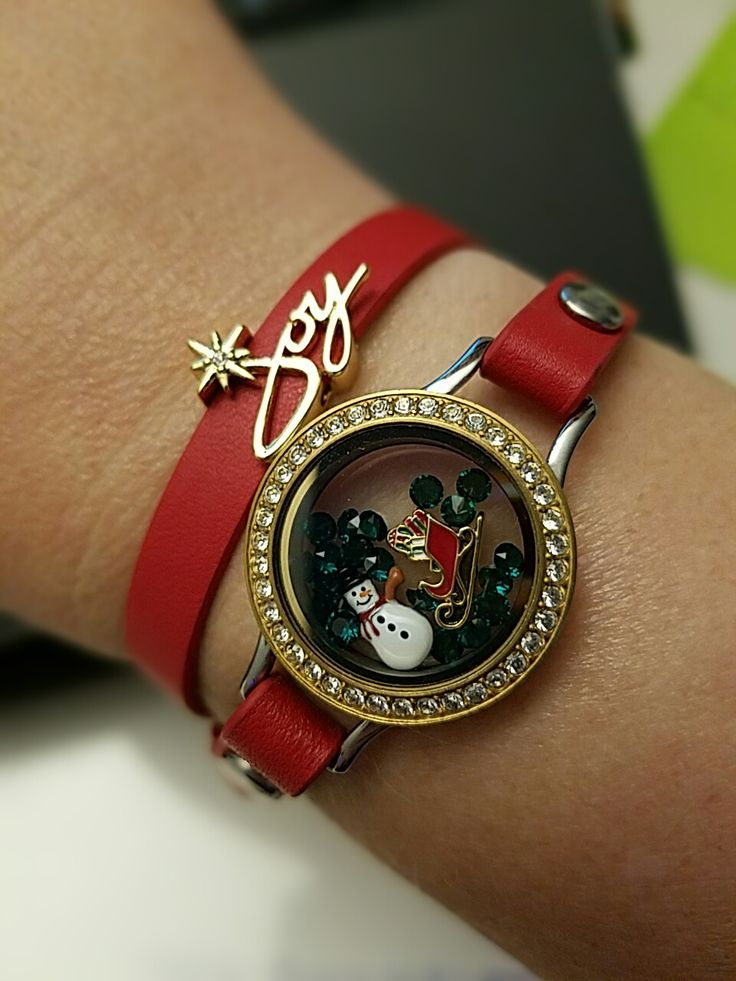 https://makandcharms.origamiowl.com/product/1195/BR4030/RedGenuineLeatherWrapBracelet6714