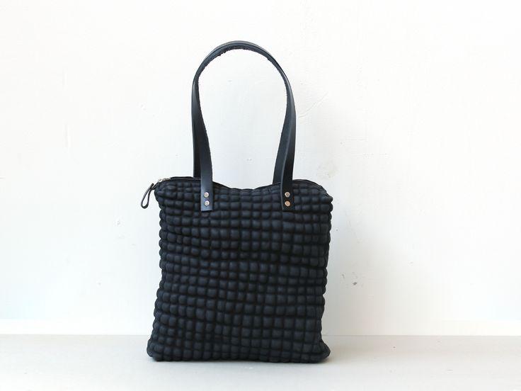 DAANdesign | (big) Black Blob beauty