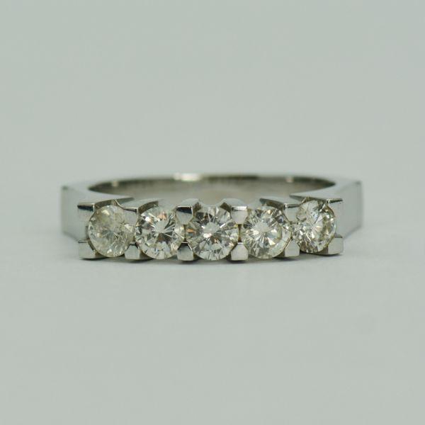 Inel 18k cu diamante
