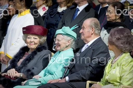 (L-R) Princess Beatrix of The Netherlands, Queen Margrethe II. of Denmark, King Juan Carlos and Queen Sofia of Spain at the inner court yard of the Royal Palace in Stockholm to celebrate the 70th birthday of the Swedish King 30 April 2016. Photo: Patrick van Katwijk - NETHERLANDS OUT POINT DE VUE OUT - NO WIRE SERVICE -