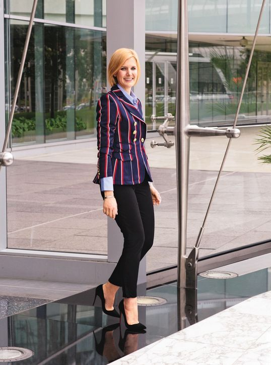How to Master a Professional Chic Look With Just Three Pieces