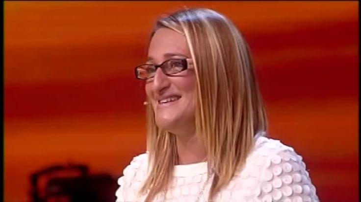 Il ritorno della mitica Olimpia Avanti un altro!: Una domanda su 50 sfumature di grigio per Olimpia Guarda su Video Mediaset del programma Avanti un altro!!