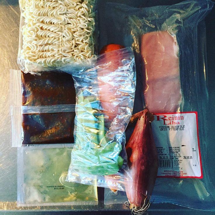 #komero-pussi numero kaksi. #goodfood #pork #noodle #wok