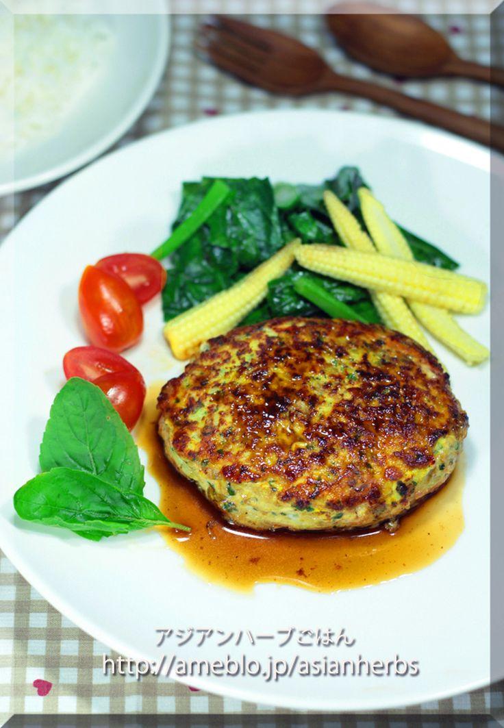 バジルとお醤油で♪鶏のガパオハンバーグ by いくみ   レシピサイト「Nadia   ナディア」プロの料理を無料で検索