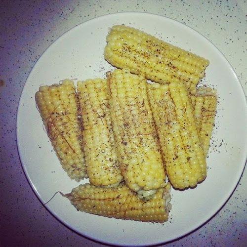 Sweet corn, butter, Himalayan salt, dried basil, freshly ground pepper