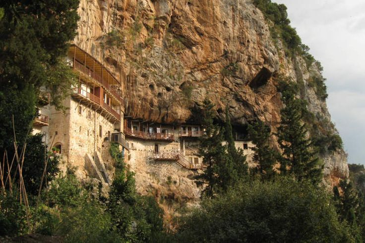 Prodomou Monastery, the Lousios Gorge. Image by Franco Pecchio / CC BY 2.0