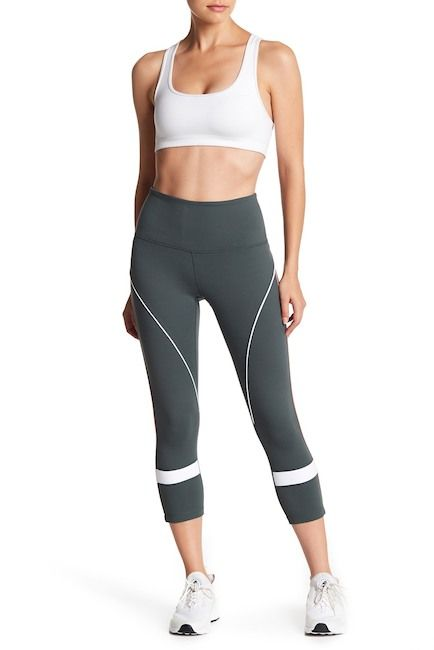 352683284e182c Zella | Piper High Waist Crop Leggings | Christmas | Capri pants ...