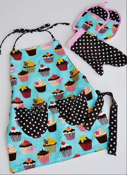 free kids apron pattern -- Get the fabric for it here: www.bandjfabrics.com