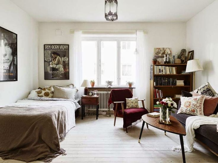 50's vibes with natural colors and white wooden floor // via Keltainen talo rannalla