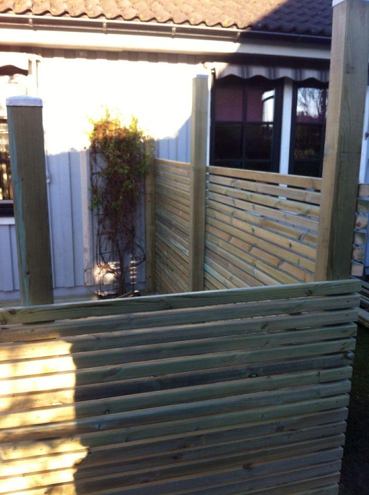 Nytt staket runt altan som också är nytt