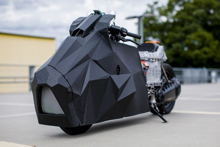 Krautmotors Turns a BMW Scooter Into a Street-Ready Origami Tank