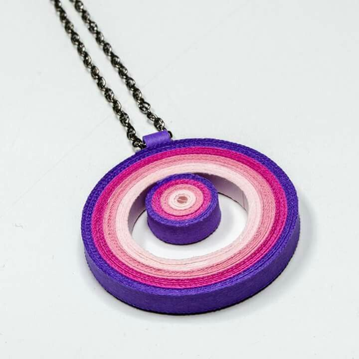 Quilling pendent