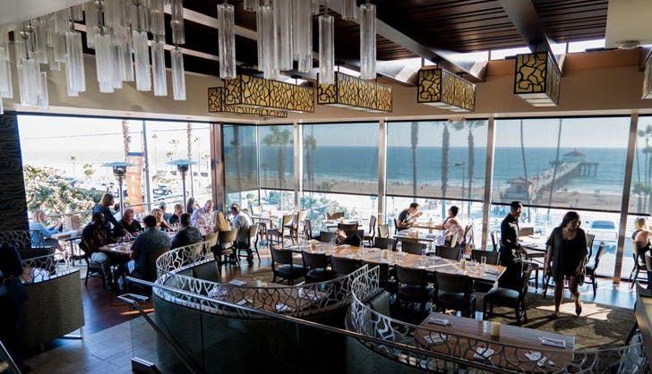 The Best Beach Restaurants In Los Angeles Purewow Ocean View Restaurant Scenic Views Scenic