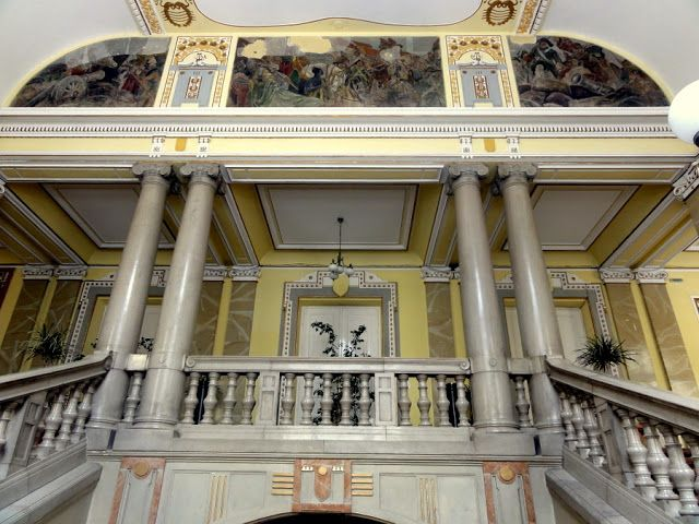 Travel and Lifestyle Diaries Blog: Art Nouveau and Viennese Secession Architecture in Oradea, Romania - Oradea City Hall