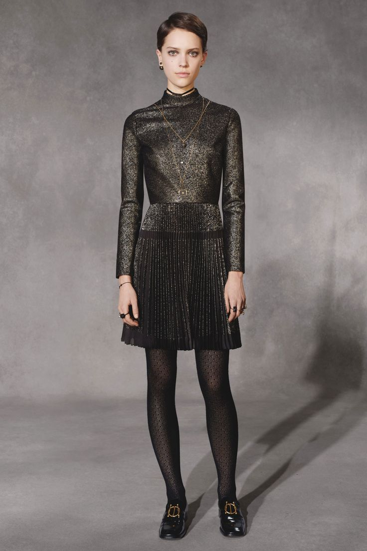 Christian Dior Pre-Fall 2018 Fashion Show Collection