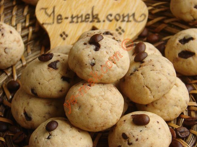 Kahveli Çikolatalı Kurabiye Resimli Tarifi - Yemek Tarifleri