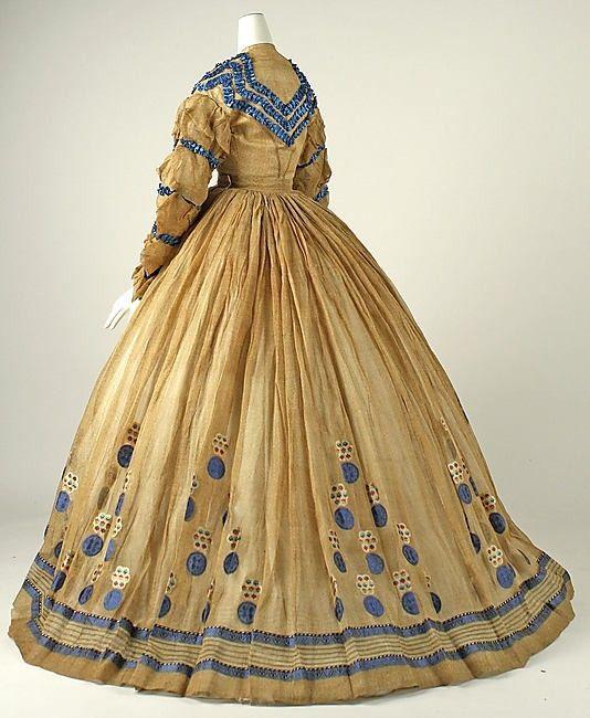 Dress    Date:      ca. 1865 by greyz