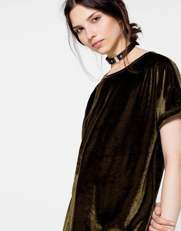 17 meilleures id es propos de robes en velours sur pinterest tenues de f te et velours. Black Bedroom Furniture Sets. Home Design Ideas