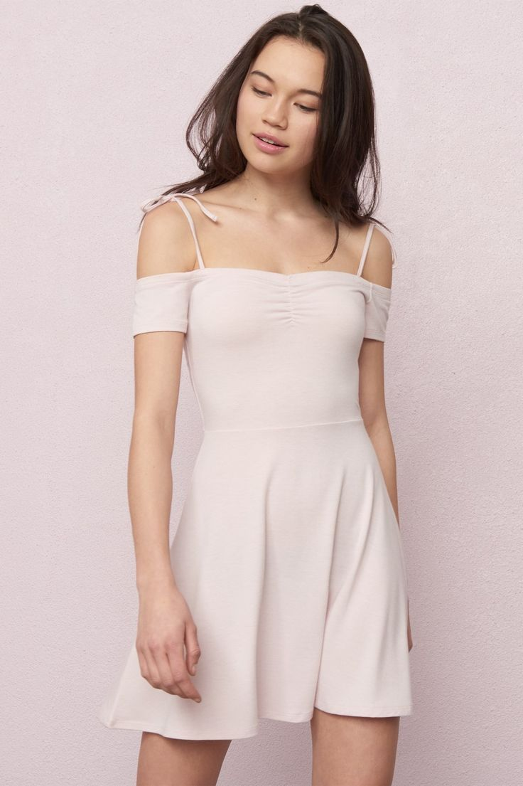 Pretty ballerina Cold Shoulder Fit & Flare Dress