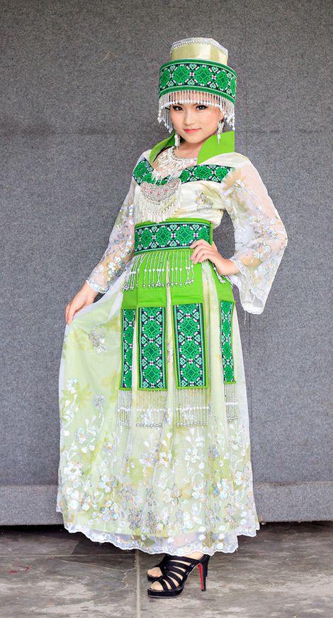 nalisfashion.com Hmong Clothing Green Outfit 7 - $165