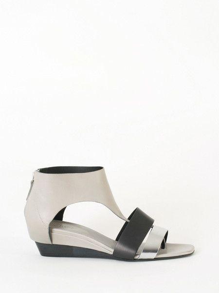 Enig sandals #vicmatie #guyafirenze.com