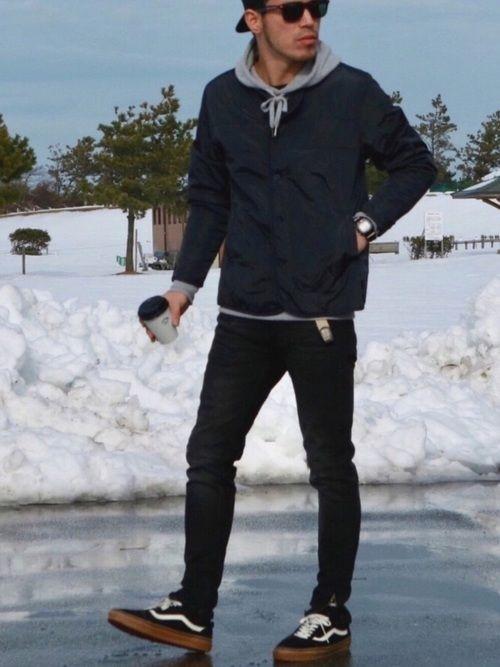インナーダウンでシンプルに 珈琲持って海へ行ったけど… 雪で辿り着けませんでしたw