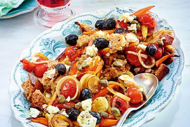 Unser beliebtes Rezept für Blitz-Brotsalat Greek Style und mehr als 55.000 weitere kostenlose Rezepte auf LECKER.de.
