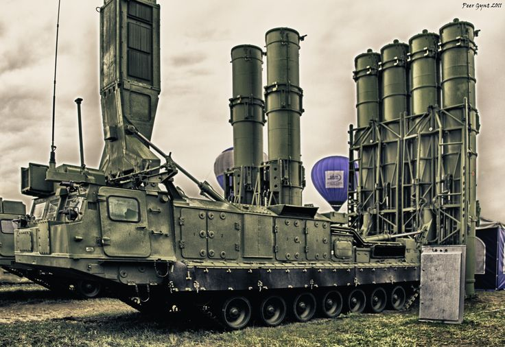 """Russian Anti-Ballistic Missile System.The S-300VM """"Antey-2500"""". ЗРК С-300ВМ """"Антей-2500"""".     www.youtube.com/watch?v=3eRiDSbuMio&feature=related"""