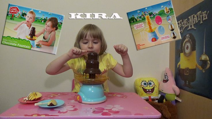 Кира распакует игрушку шоколадный фонтан Chocolate Fountain