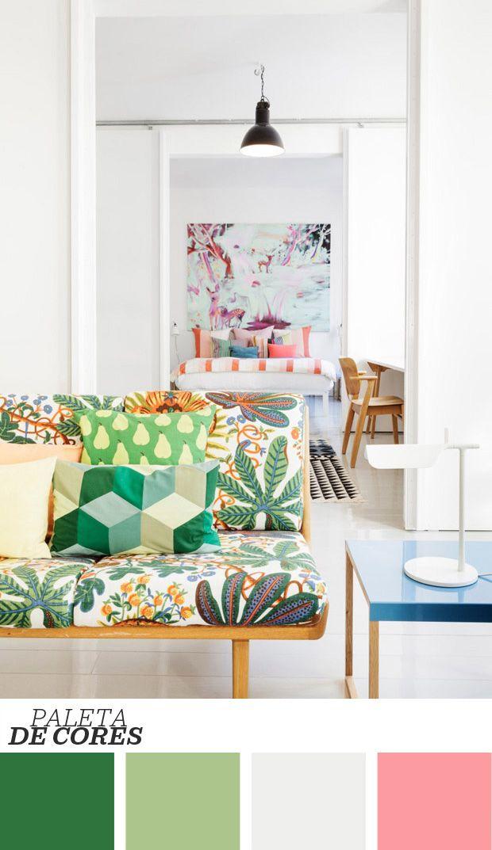 Aprenda a criar um mix de estampas na sala de estar com os melhores: os escandinavos! Além de serem conhecidos pelo minimalismo, os ambientes escandinavos também são famosos por suas estampas que fazem a inesperada união entre diversão e sofisticação. Clique no link para saber mais!