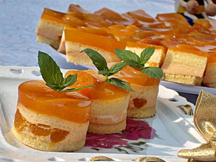 Prajitura cu caise si nectar din Carte de bucate, Dulciuri. Specific Romania. Cum sa faci Prajitura cu caise si nectar