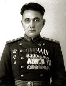 'Coronel Xanti' - El osetio-alano Jadzi Omar Mámsurov http://www.cuartopoder.es/lospasosencontrados/2015/02/15/homenajea-al-coronel-xanti-comisario-politico-de-durruti-y-fundador-del-xiv-cuerpo-de-guerrilleros-de-la-republica/3151