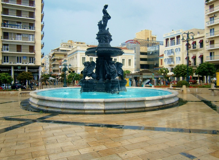 By Christina Alexopoulos | Fountain @ King George I Square | Patras, Greece
